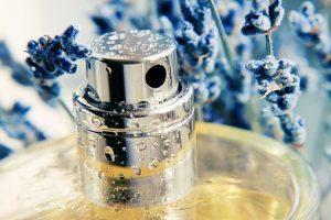 3 Parfum Refill Wanita yang Disukai Pria, Lembut dan Manis!